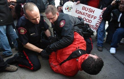 protest-bush-3